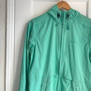 Patagonia wind breaker/ rain jacket